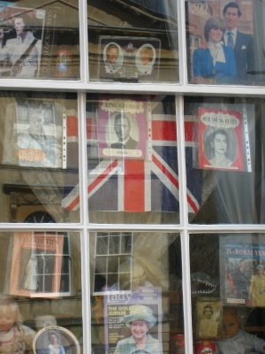 kooky window with royals pics