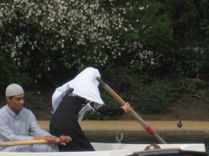 Muslim boating couple on Serpentine